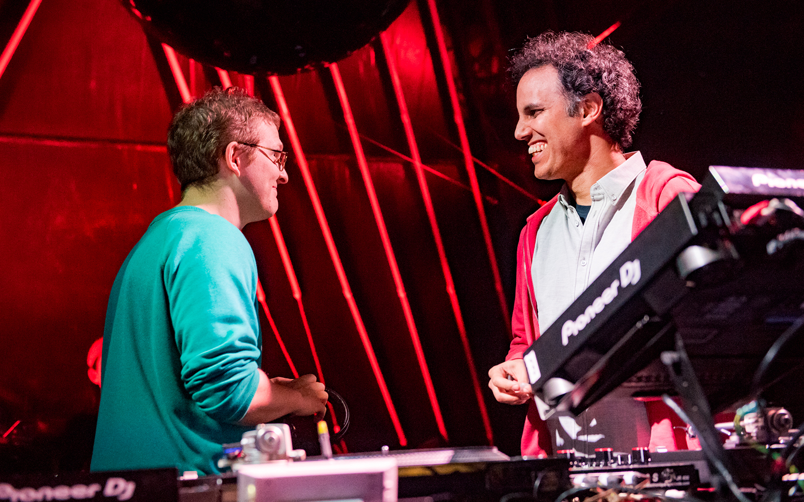 Four Tet & Floating Points